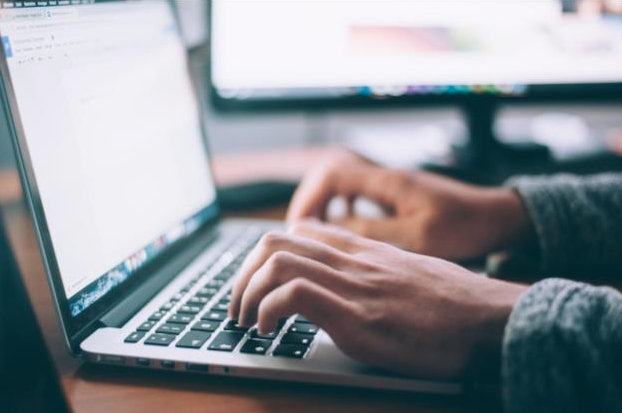3 Best Ways To Find Anyone's Email in 2019
